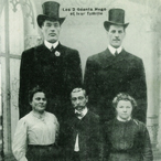 Familial gigantism in the two Hugo brothers. Top row: Battista Ugo (Baptiste Hugo), 1876–1916, reached a height of 2.30 m (7 ft, 7 in) and Paolo Antonio Ugo (Antoine Hugo), 1887–1914, reached a height of 2.25 m (7 ft, 5 in). Bottom row: the parents of the Ugo brothers, Teresa Chiardola (1849–1905) and Antonio Ugo (1840–1917), and their sister, Maddalena Ugo (1885–1960). Picture from the collection of Dr. W. W. de Herder.